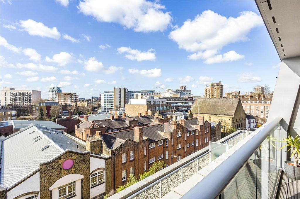 3 Bedrooms Flat for sale in Glasshill Street, Southwark, London