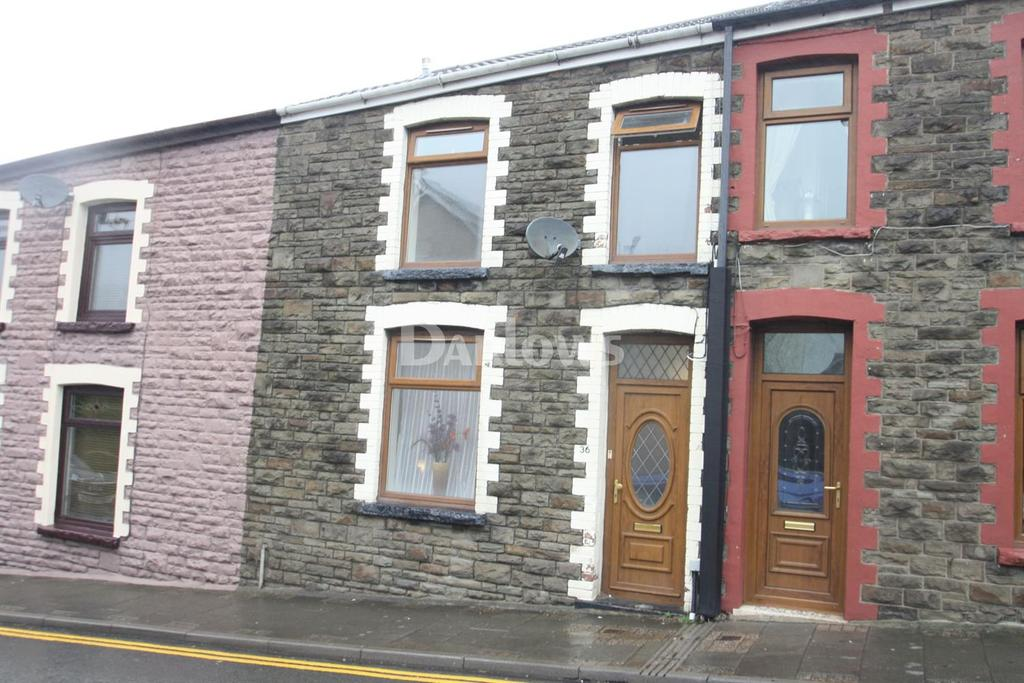 3 Bedrooms Terraced House for sale in Brithweunydd Rd, Tonypandy