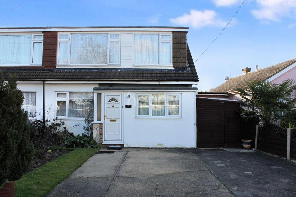 4 Bedrooms Semi Detached House for sale in Burnham Road, Hullbridge