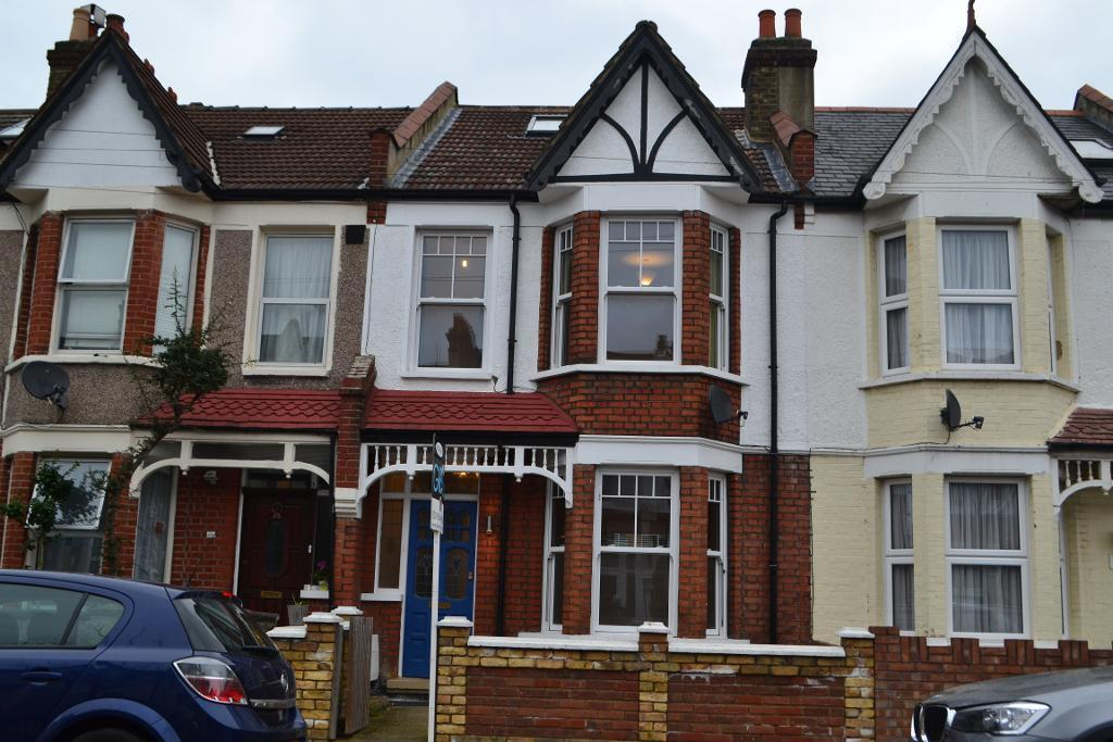 4 Bedrooms Terraced House for sale in Seely Road, Tooting, London, GLA, SW17 9QP