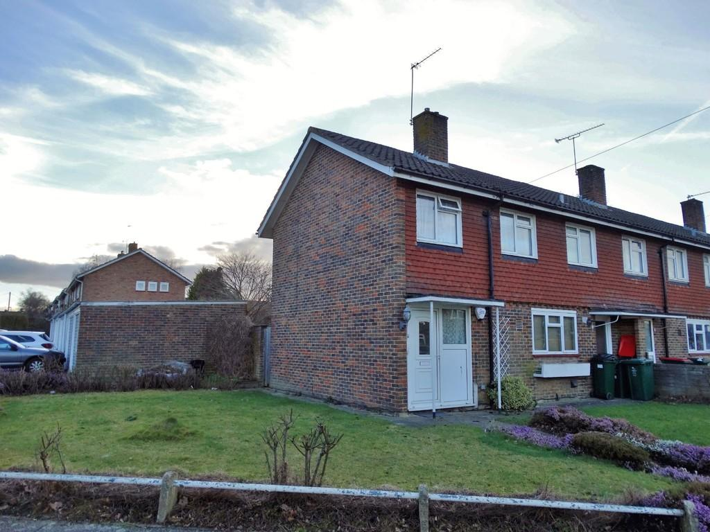 3 Bedrooms End Of Terrace House for sale in Southgate, Crawley, RH10