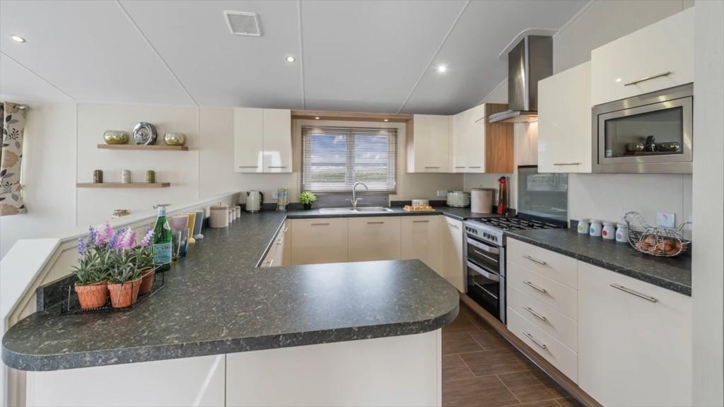 2 Bedrooms Mobile Home for sale in Gatehouse Road, Ryde