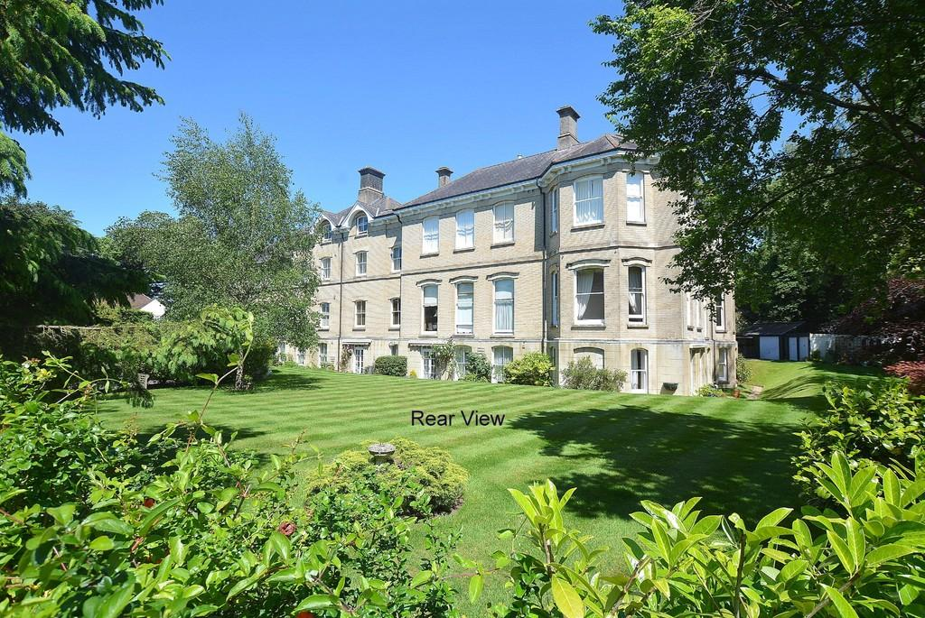 2 Bedrooms Apartment Flat for sale in Westfield House, Redcotts Lane, WIMBORNE