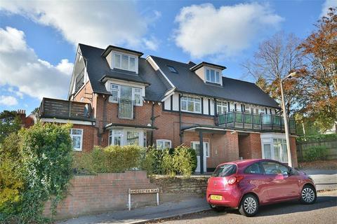 3 bedroom apartment for sale - Sandecotes Road, Lower Parkstone, Poole
