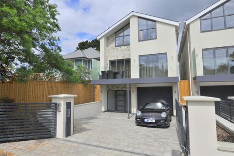 4 bedroom detached house for sale - Grasmere Road, Sandbanks, POOLE