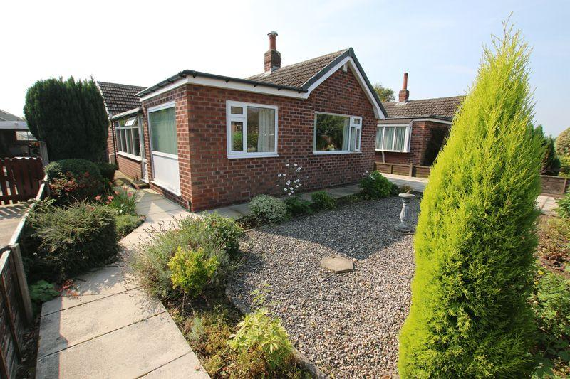 2 Bedrooms Detached Bungalow for sale in Waverley Drive, New Longton, Preston