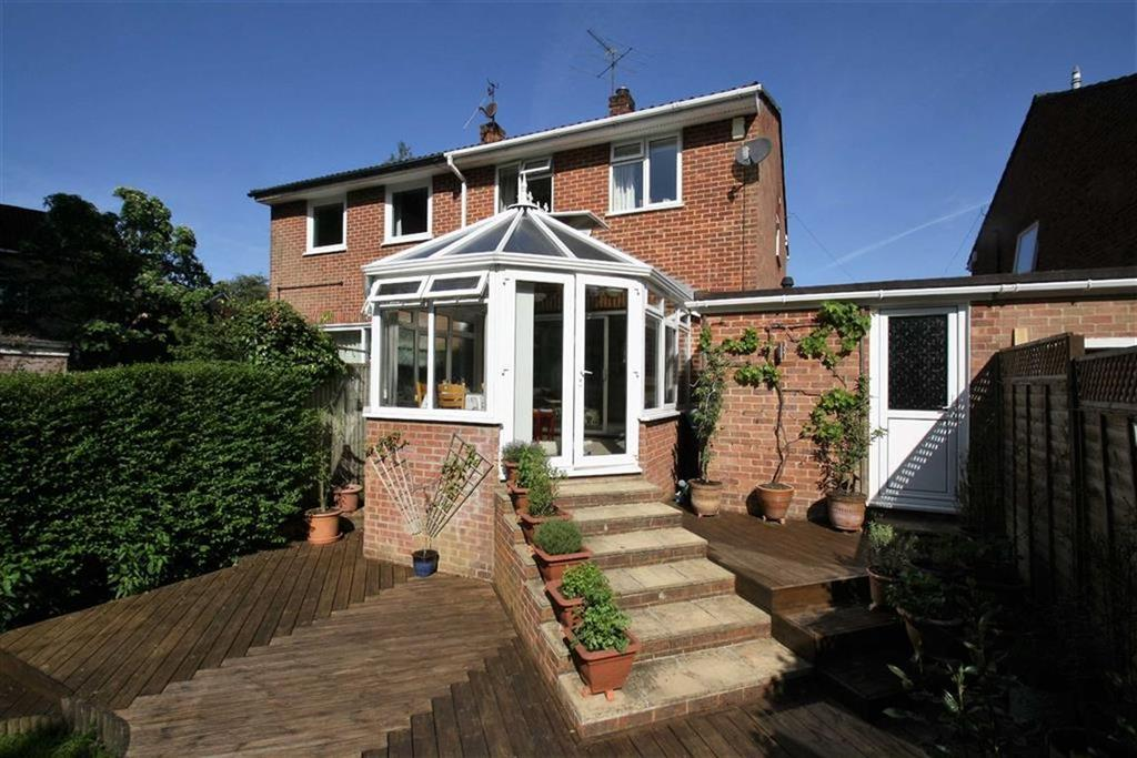 3 Bedrooms Semi Detached House for sale in Greenfield Close, Lphook, Hampshire, GU30