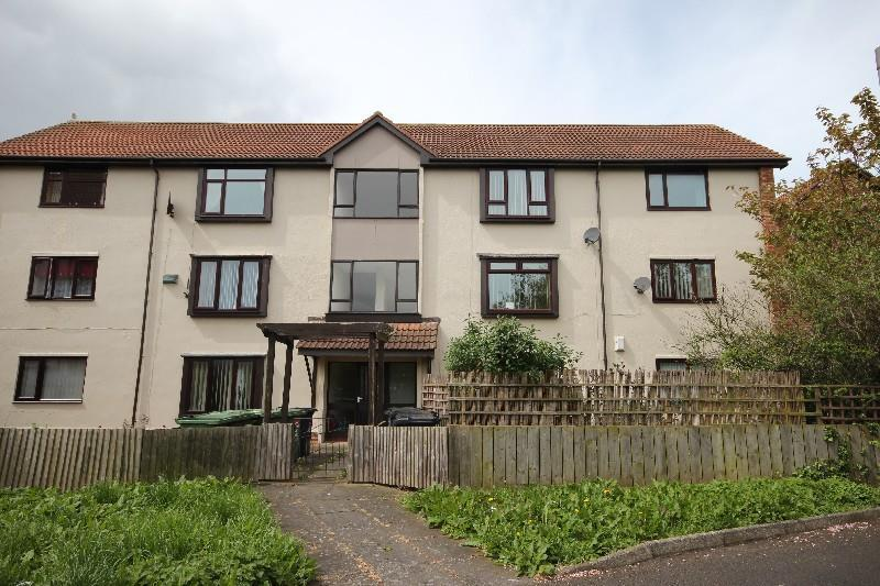 2 Bedrooms Flat for sale in Newhaven Court, Hartlepool