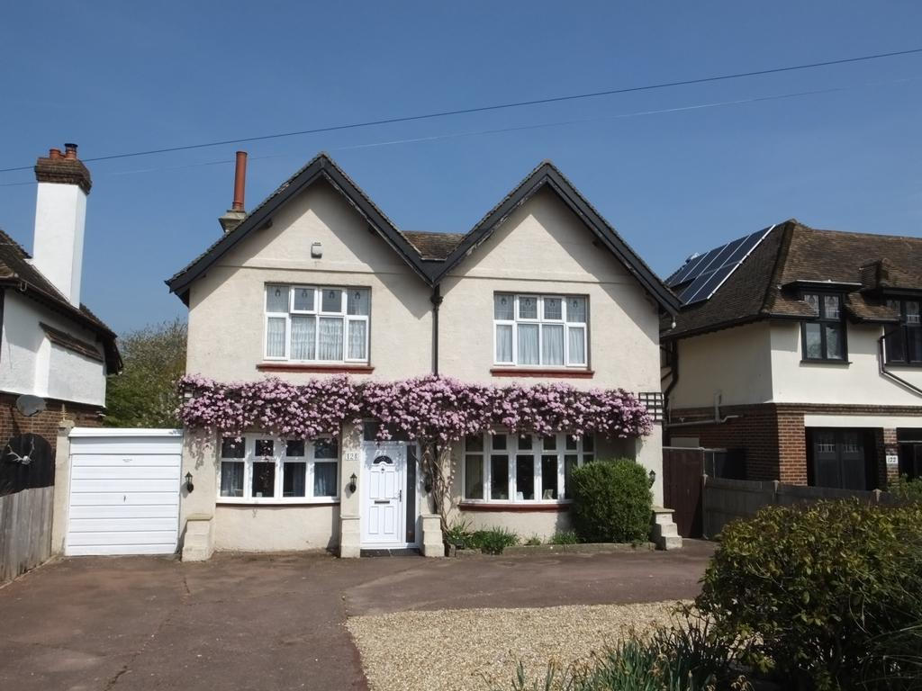 4 Bedrooms House for sale in Cheriton Road, Folkestone, CT19