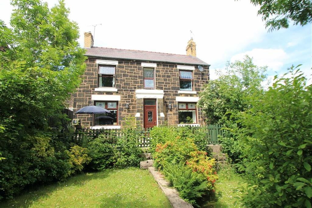3 Bedrooms Detached House for sale in Brynisa Road, Brynteg, Wrexham