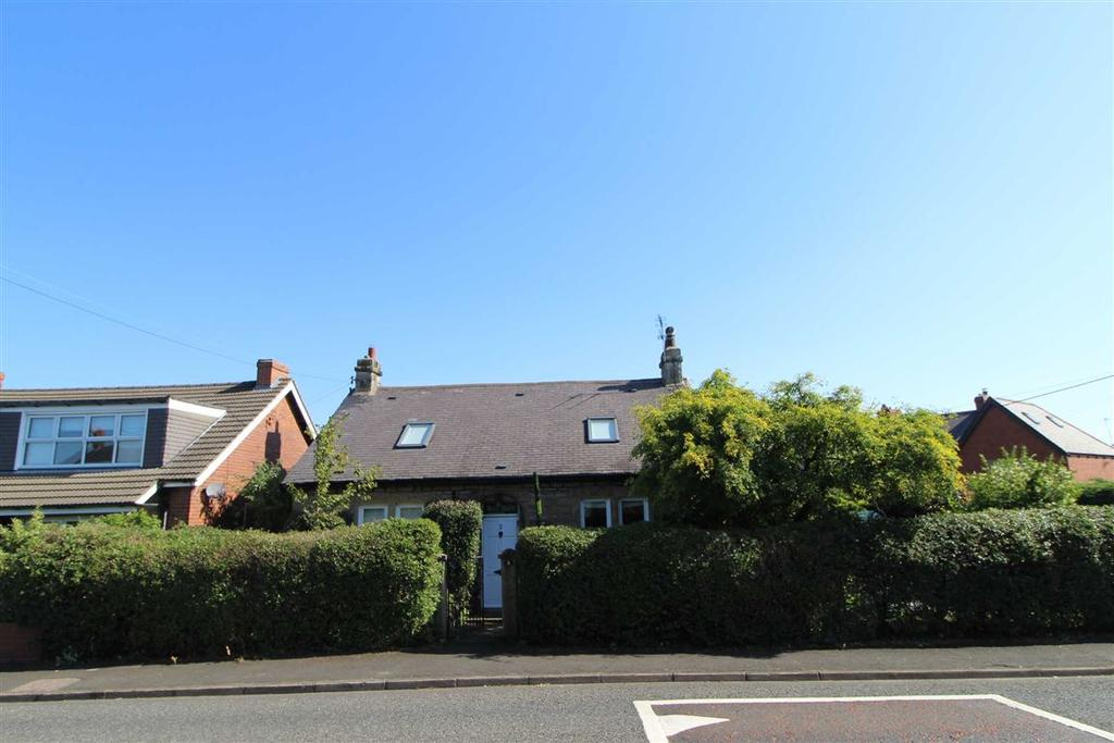 4 Bedrooms Detached Bungalow for sale in Hole Lane, Sunniside, Newcastle Upon Tyne