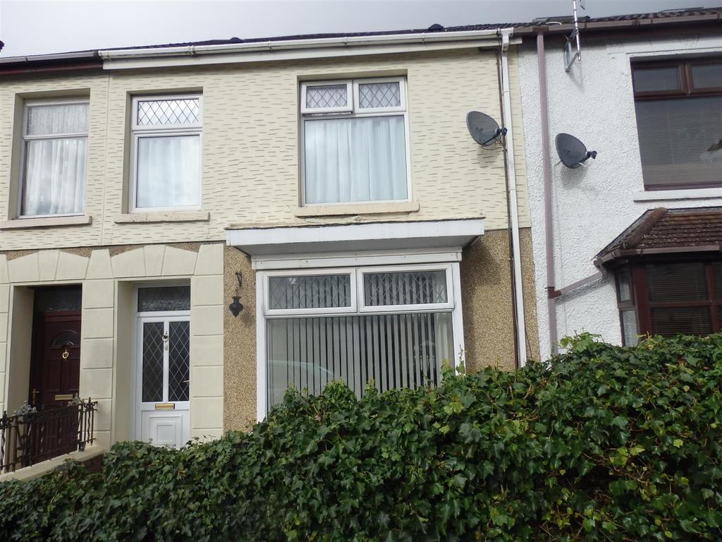 4 Bedrooms Terraced House for sale in Walters Road, Llanelli
