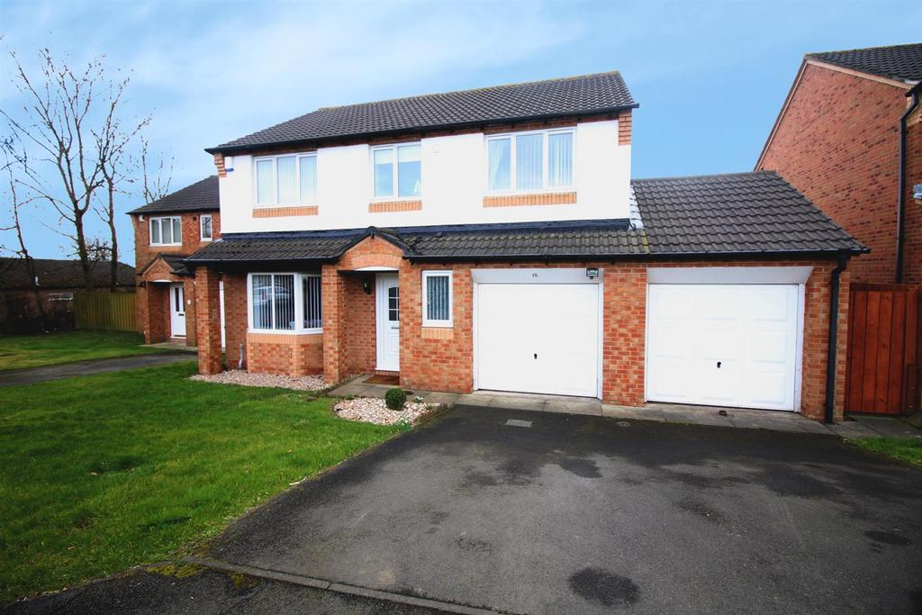 4 Bedrooms Detached House for sale in Mickle Close, Washington