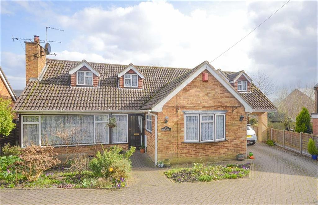 6 Bedrooms Detached House for sale in High Road, High Cross, NrWare, Hertfordshire, SG11