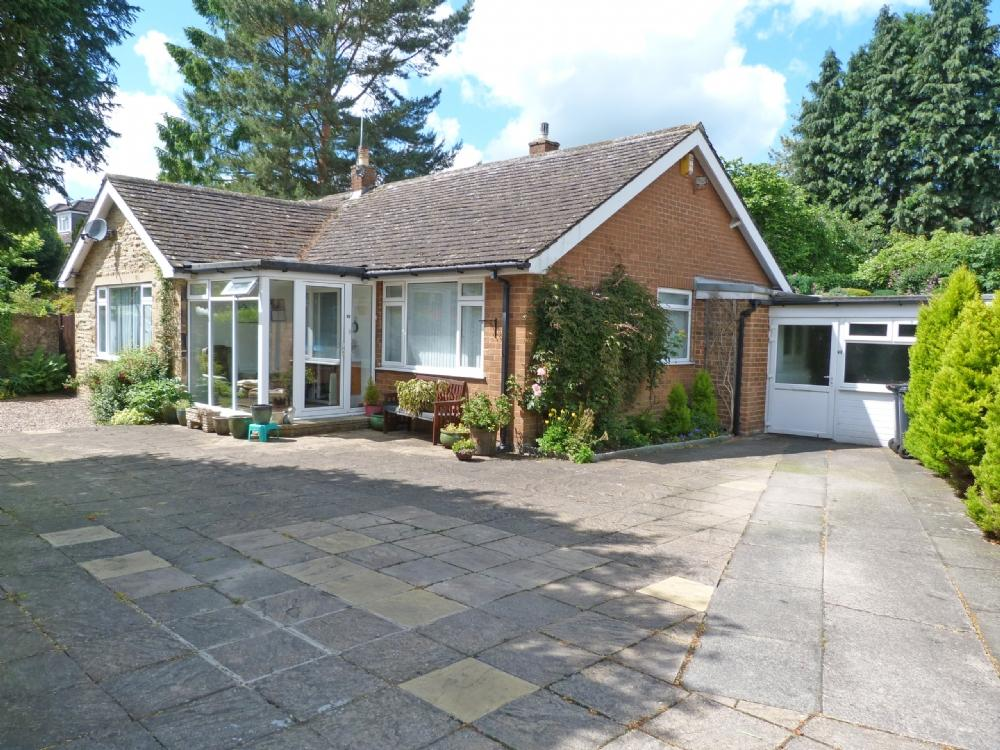 3 Bedrooms Bungalow for sale in Eavestone 40 Borrage Lane Ripon HG4 2PZ
