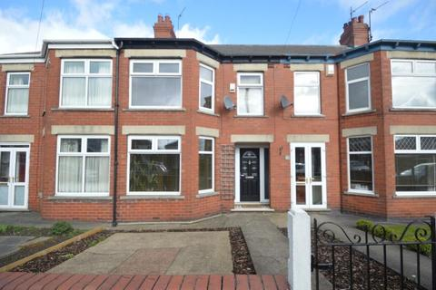 3 bedroom terraced house to rent - Skirbeck Road, Hull