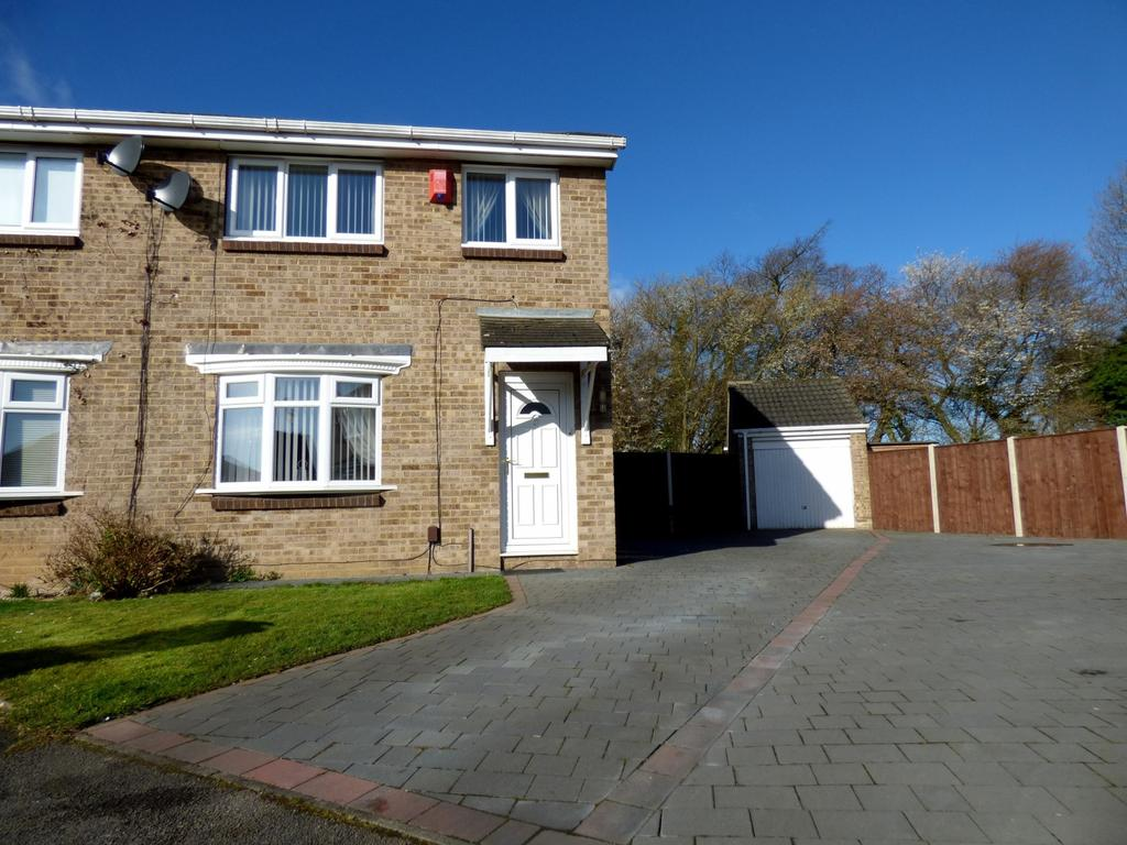 3 Bedrooms Semi Detached House for sale in Cardinal Grove, Stockton-On-Tees, TS19