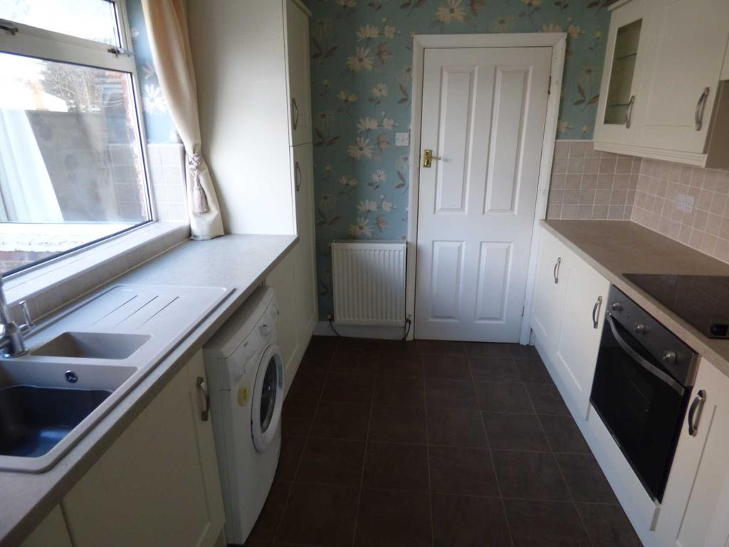 3 Bedrooms Semi Detached House for sale in Gosforth Avenue, Redcar