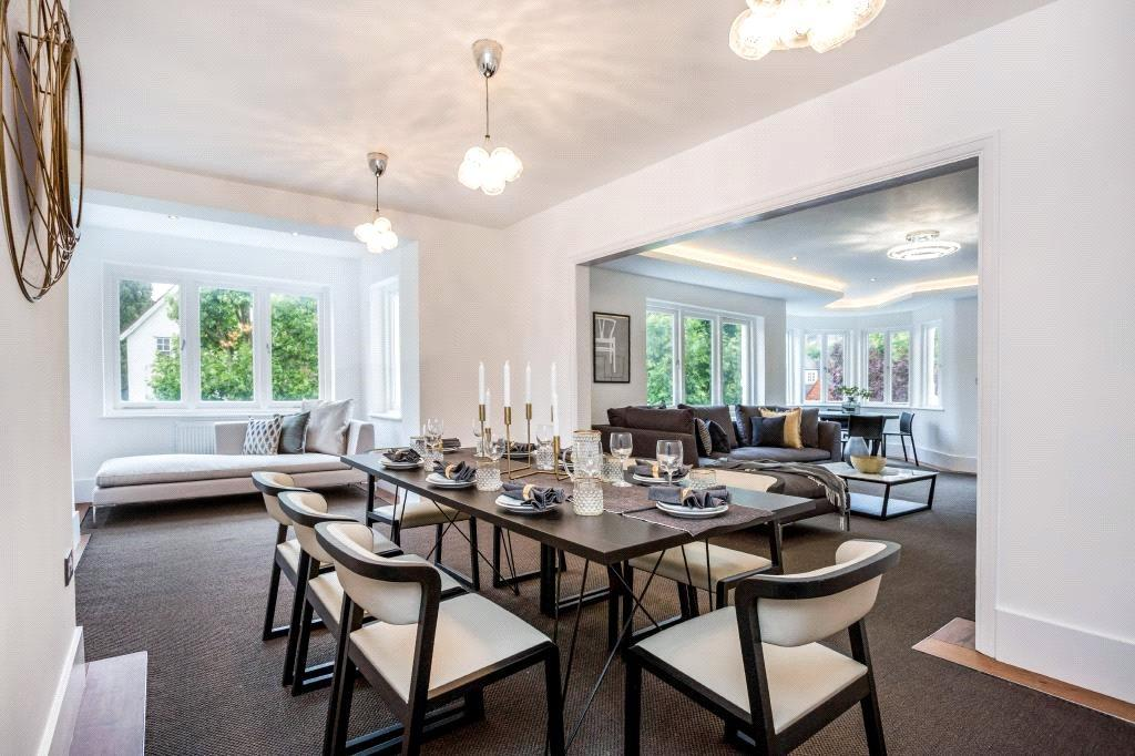 3 Bedrooms Flat for sale in Heath Drive, Hampstead, London, NW3