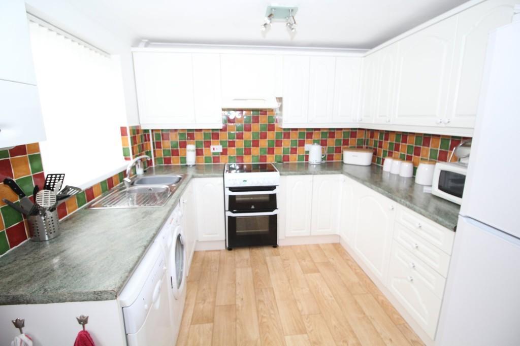 3 Bedrooms Town House for sale in Queen Street, Normanton