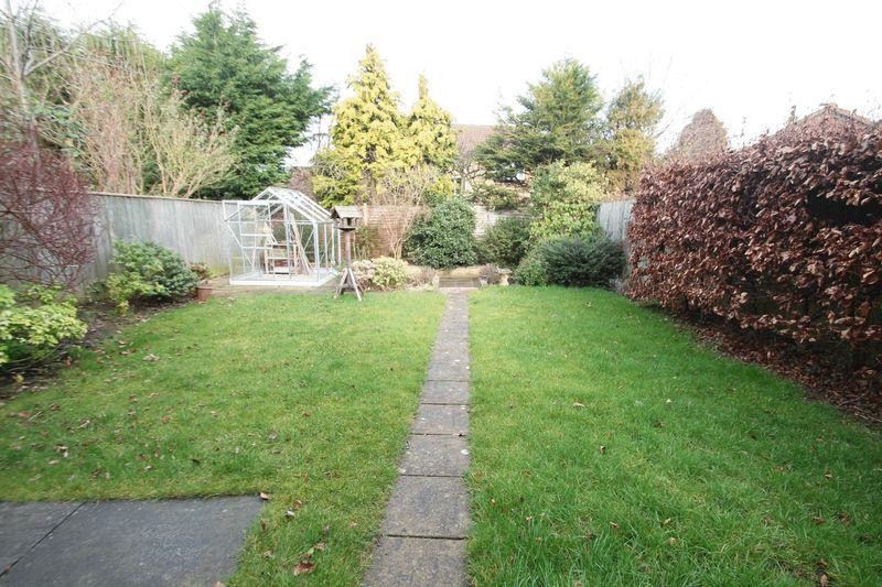 3 Bedrooms Detached House for sale in Calder Close, Billingham