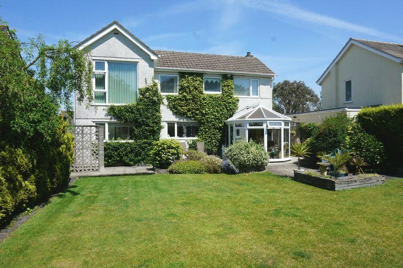 5 Bedrooms Detached House for sale in Westover Road, Callington