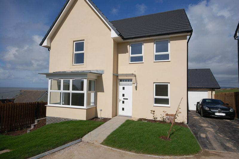 4 Bedrooms Detached House for rent in 31 Crompton Way, Ogmore By Sea, CF32 0PW