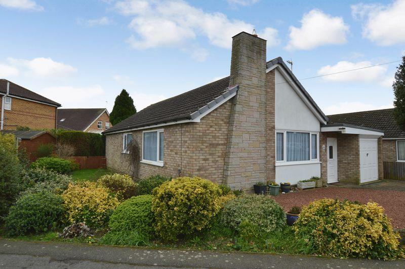 3 Bedrooms Bungalow for sale in 12 Fortescue Close, Tattershall