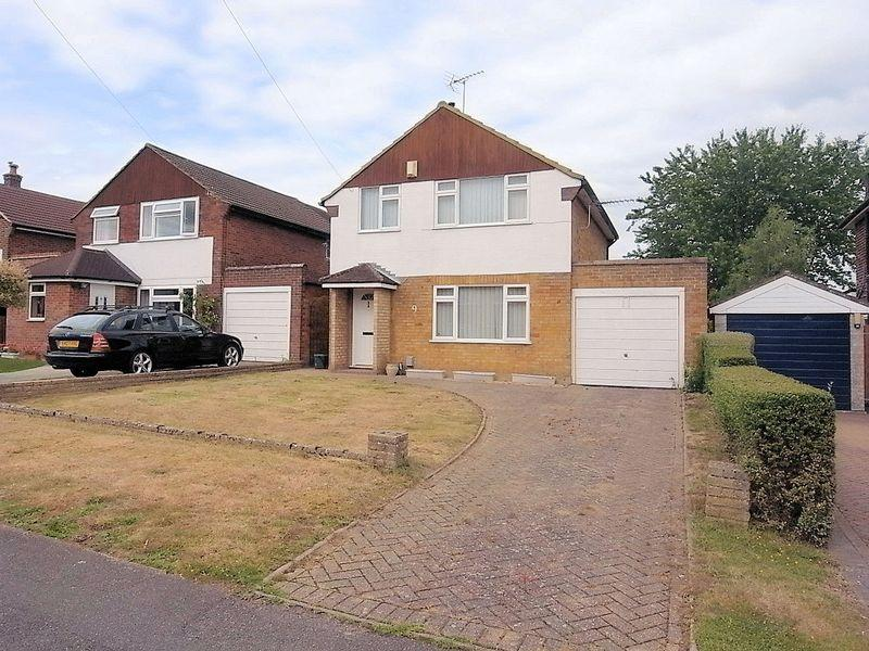 3 Bedrooms Detached House for sale in Johnston Walk, Guildford