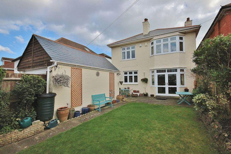 4 Bedrooms Detached House for sale in Belle Vue Road, Southbourne, Bournemouth