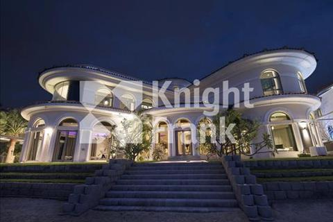 6 bedroom detached house  - Signature Villa, Frond M, Palm Jumeirah, Dubai