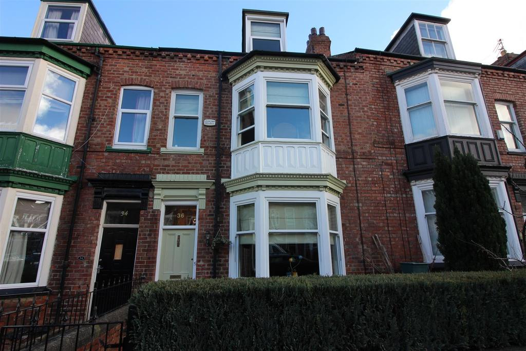 5 Bedrooms Town House for sale in Woodland Terrace, Darlington