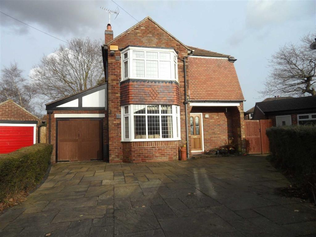 3 Bedrooms Detached House for sale in Preesall Avenue, Heald Green