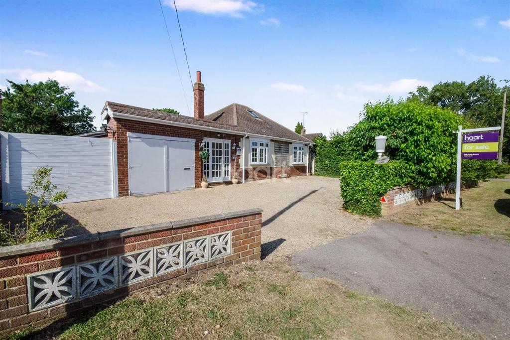 5 Bedrooms Bungalow for sale in Alresford