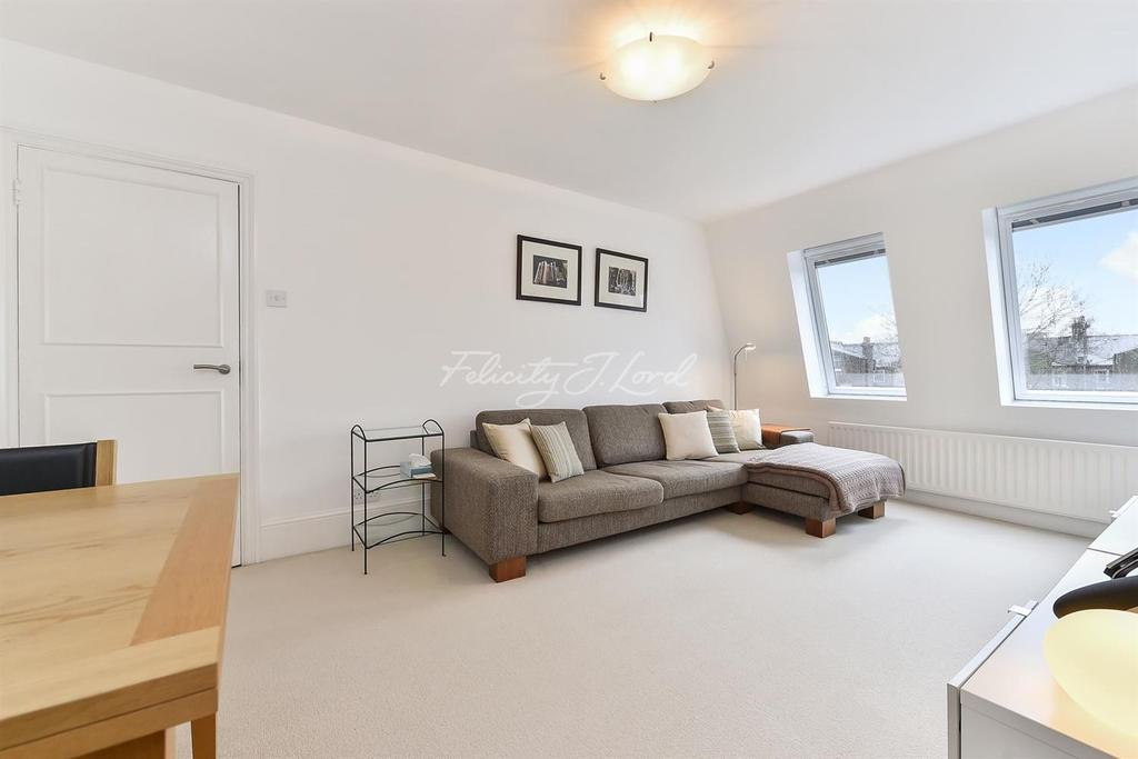 2 Bedrooms Flat for sale in Bethune Road, N16
