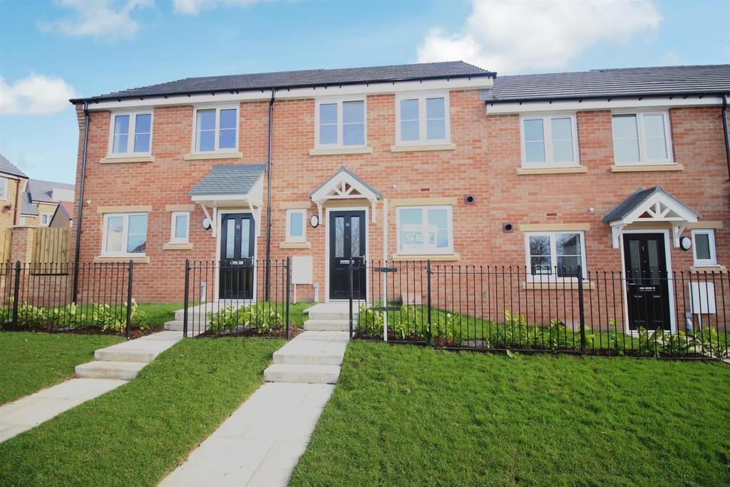 2 Bedrooms Semi Detached House for sale in Kirkfields, Sherburn Hill, Durham