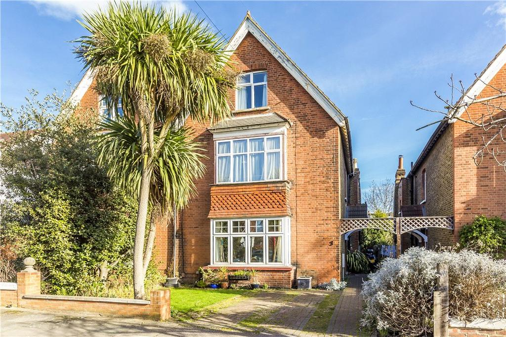 4 Bedrooms Semi Detached House for sale in Salisbury Road, Wimbledon, London, SW19