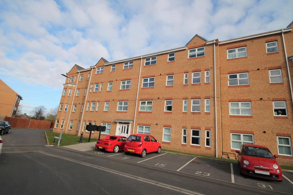 2 Bedrooms Flat for sale in Lingwood Court, Thornaby