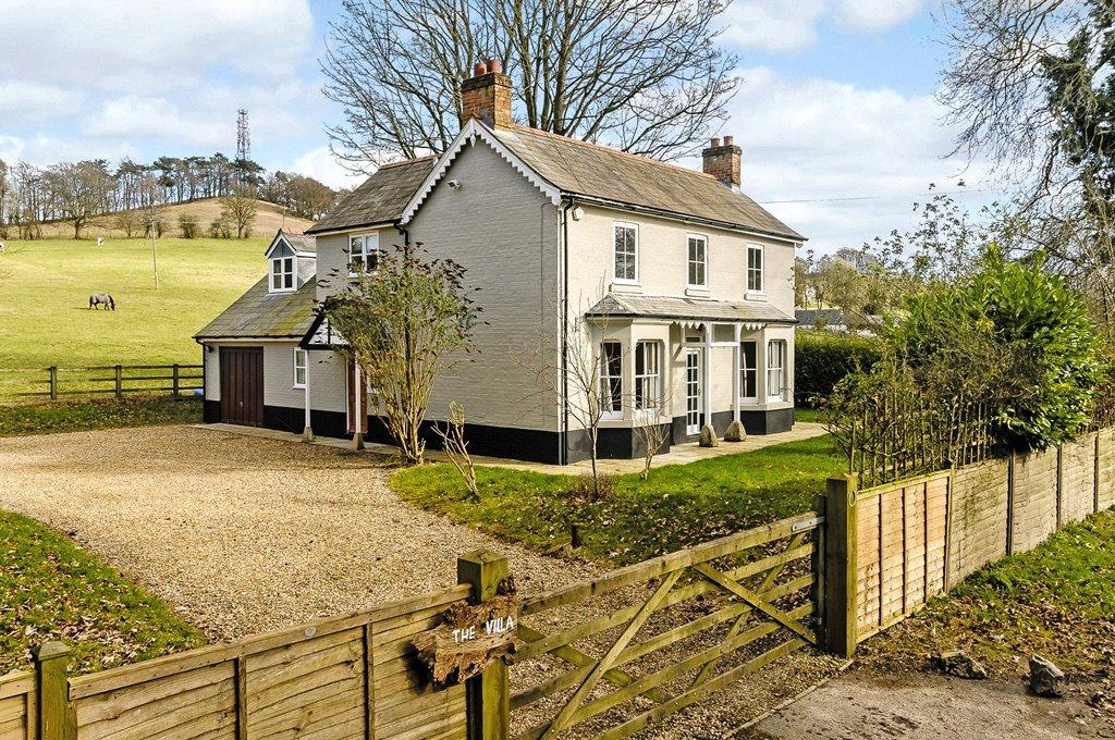 4 Bedrooms Detached House for sale in Foxhill, Swindon, Wiltshire, SN4
