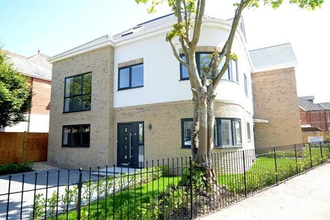 3 bedroom flat for sale - Westbourne Park Road, Westbourne, Bournemouth