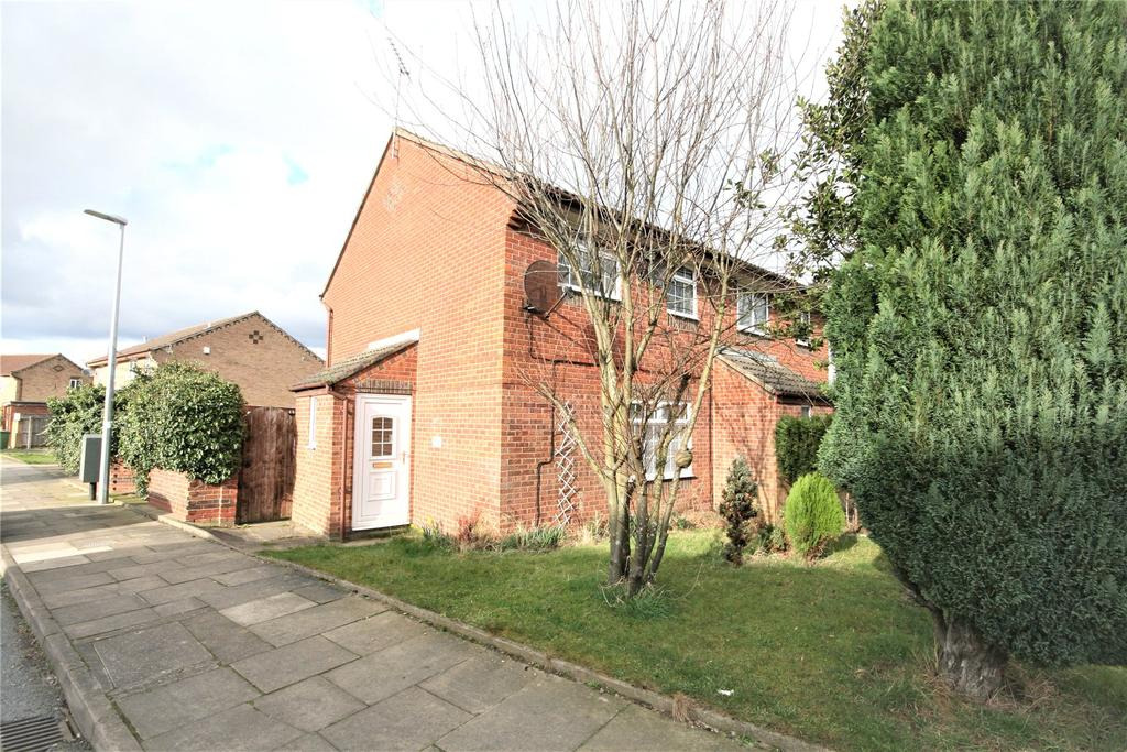 3 Bedrooms Semi Detached House for sale in Orion Way, Laceby Acres, DN34