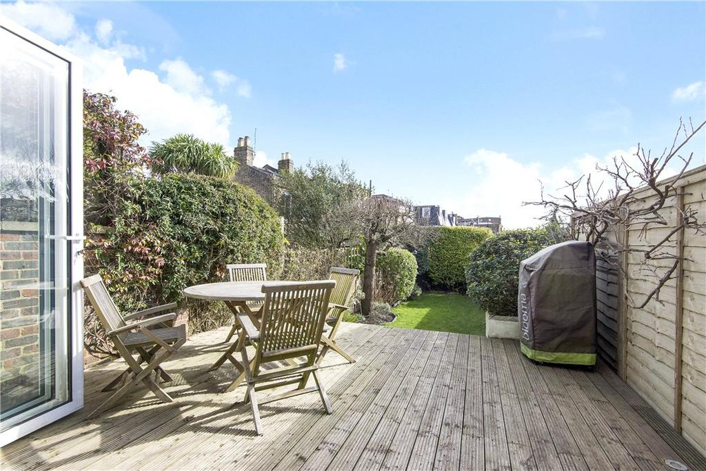 3 Bedrooms Terraced House for sale in Temperley Road, Wandsworth, London, SW12
