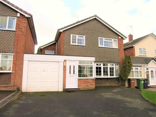 3 Bedrooms Link Detached House for sale in Kingshayes Road,Aldridge,Walsall