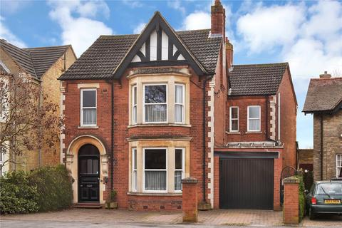 4 bedroom detached house for sale - Thorpe Road, Peterborough
