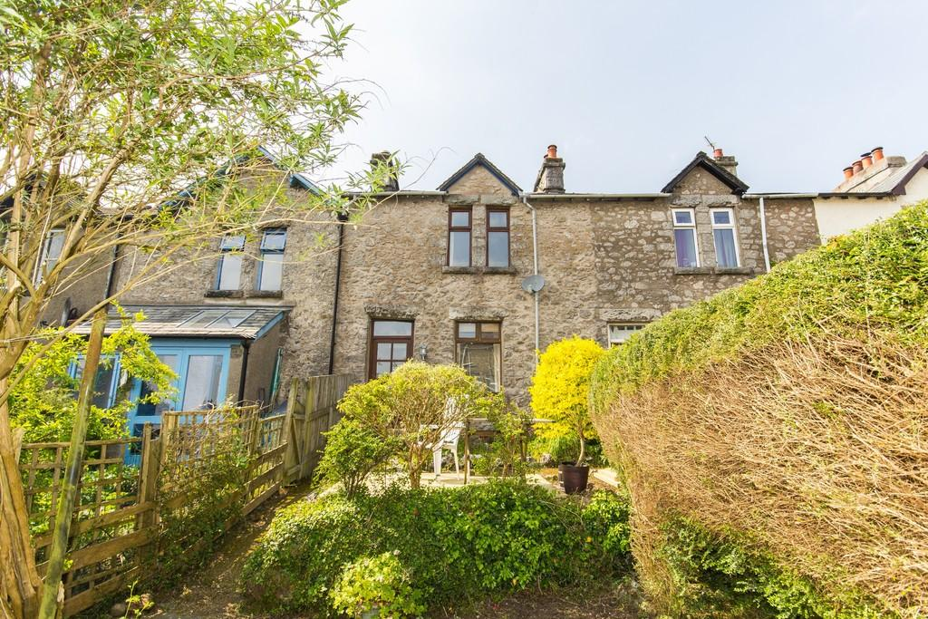 2 Bedrooms Terraced House for sale in 5 Stone Terrace, Grange-Over-Sands