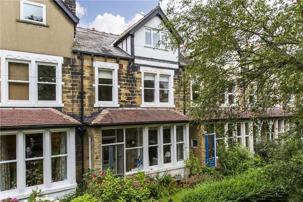 5 Bedrooms Terraced House for sale in Oakwood Drive, Leeds, West Yorkshire