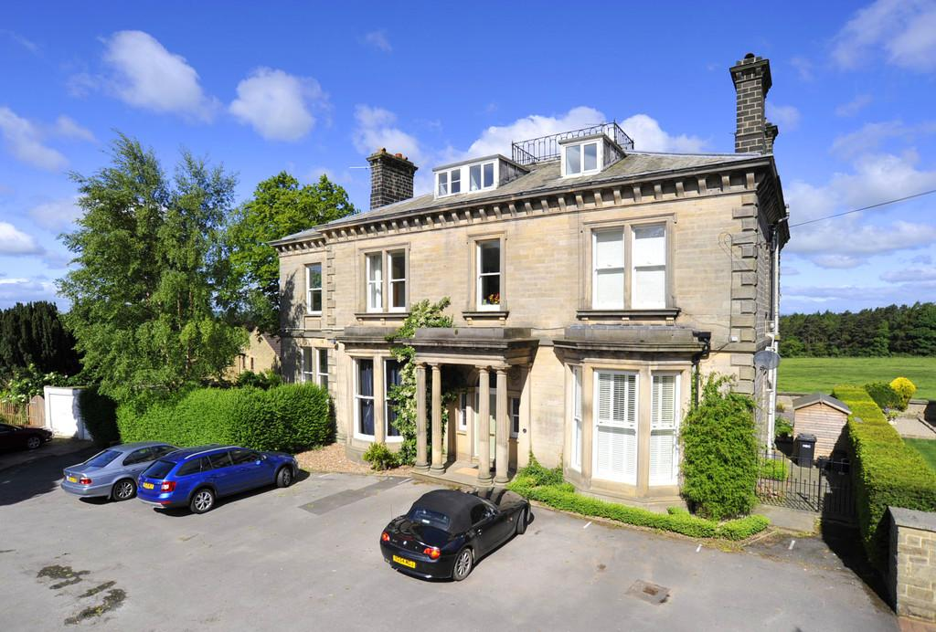 4 Bedrooms Apartment Flat for sale in Otley Road, Harrogate