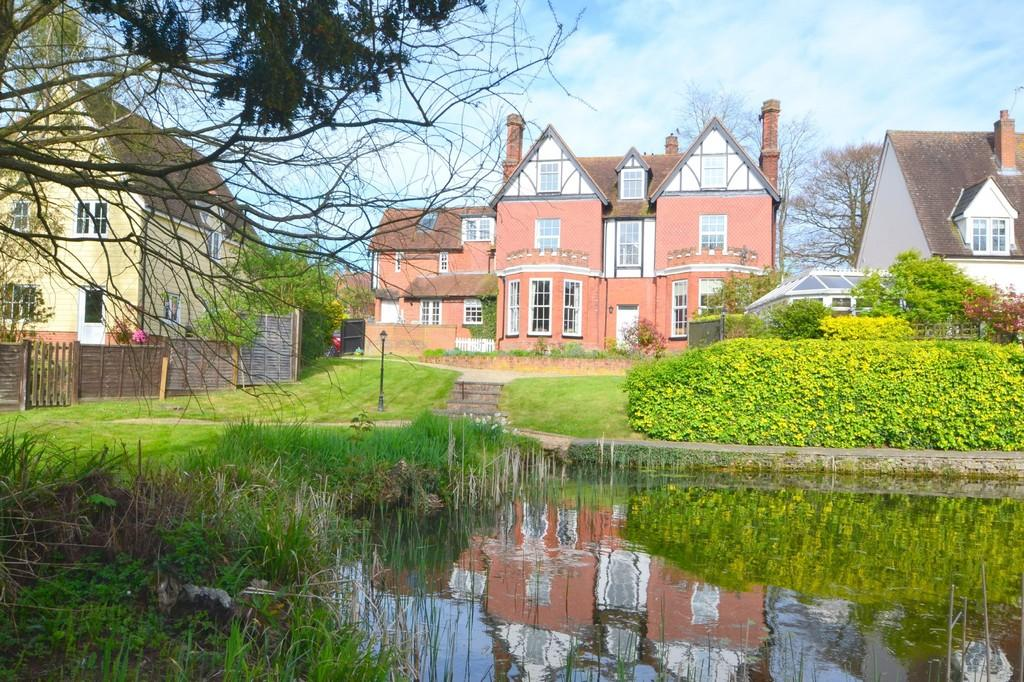 2 Bedrooms Apartment Flat for sale in Vicarage Road, Finchingfield
