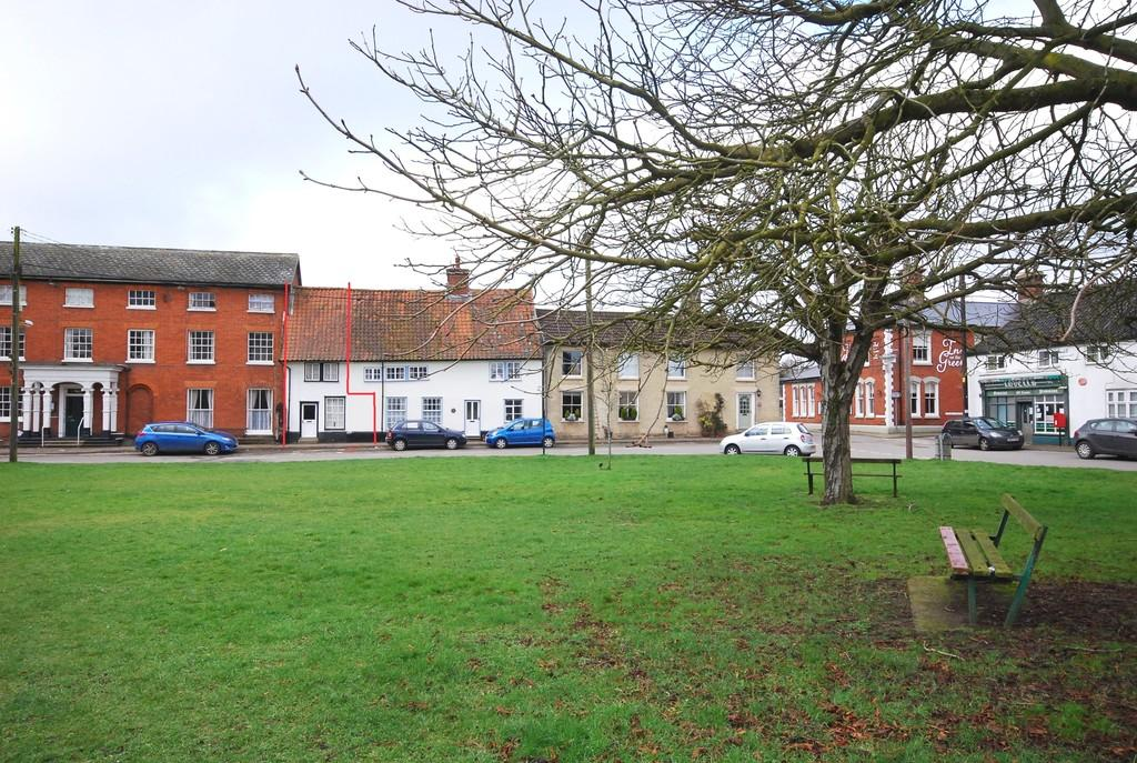 2 Bedrooms Terraced House for sale in Market Place, New Buckenham