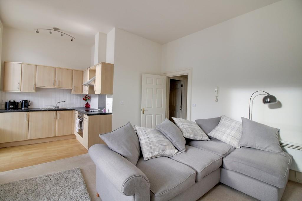1 Bedroom Apartment Flat for sale in Wellington Street, Teignmouth